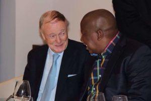 Met sy laaste besoek aan Brittanje het Malema 'n uurlange privaat gesprek met Lord Robin Renwick gehad. Renwick is 'n Boerehater.