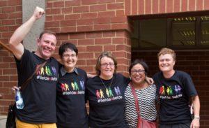Gays juig nadat NGK die deure oopgooi. Van links is prop Hennie Pienaar, dr Marietjie van Loggerenberg, dr Charlene van der Walt, Michelle Boonzaaier en Lulani Vermeulen.